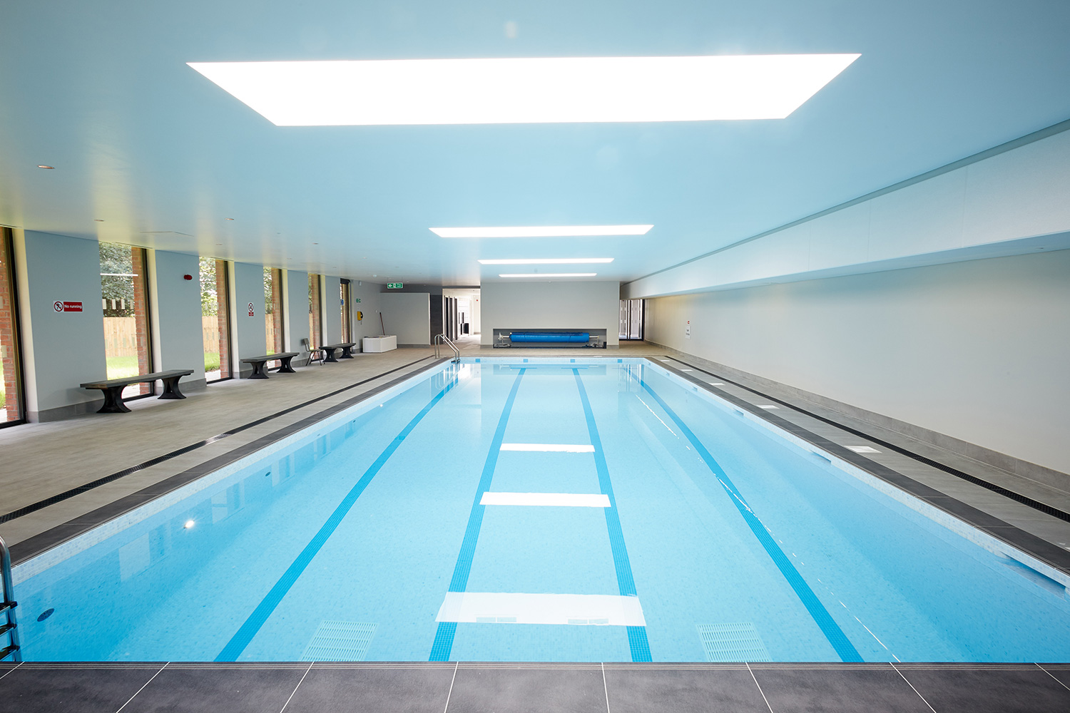 Guncast builds impressive swimming pool for prep school in Kent