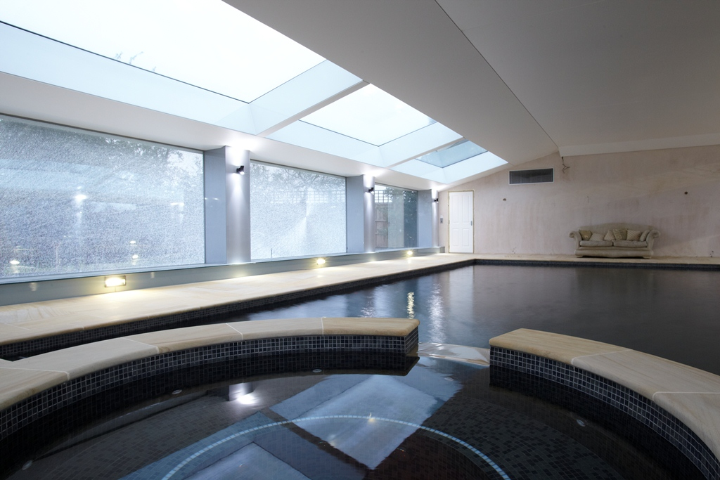 Sophisticated Lighting System for Indoor Swimming Pool in West London