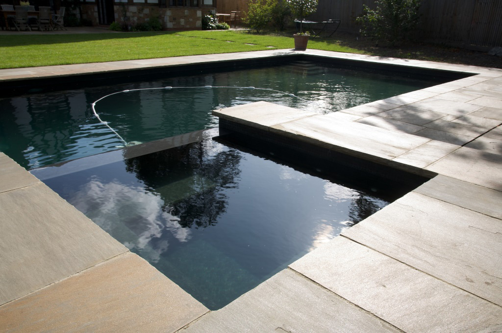 Outdoor Swimming Pool and Spa in South London