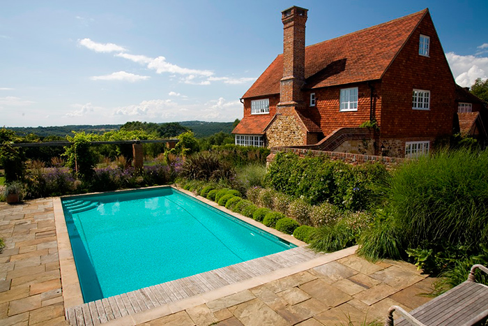 Sussex Outdoor Swimming Pool and Spa