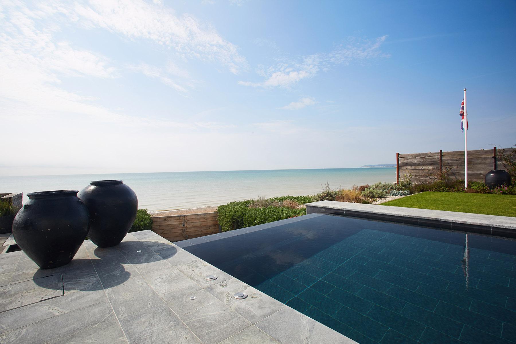 Infinity edge pool in East Sussex