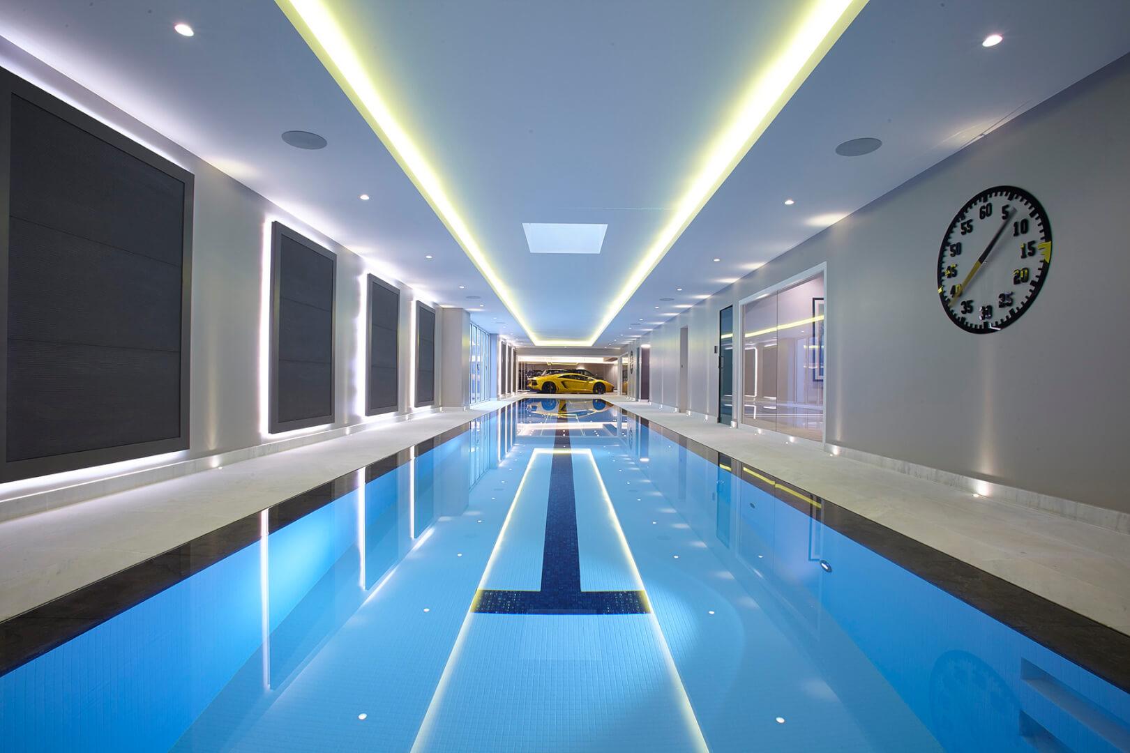 Striking deck-level swimming pool in Northwood, London