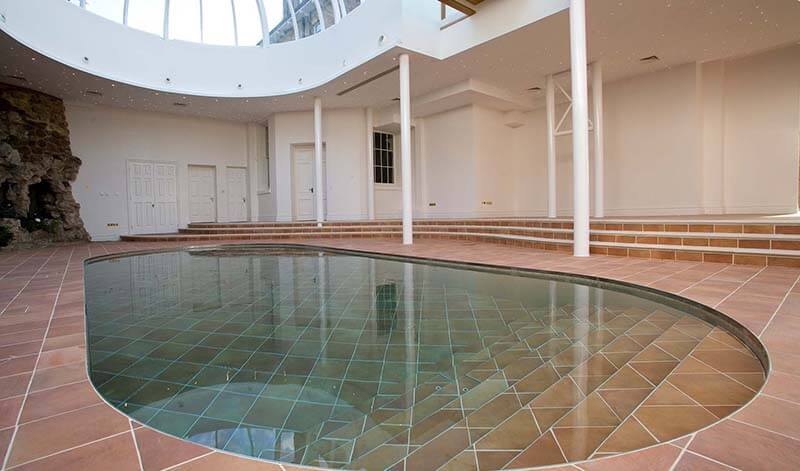 At Home in (or on) a Moving Floor Swimming Pool