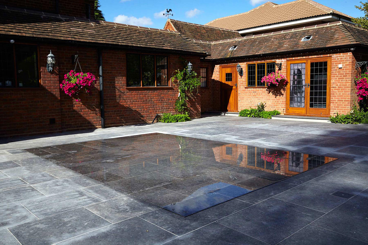 Utilise Your Space With a Moving Floor Swimming Pool