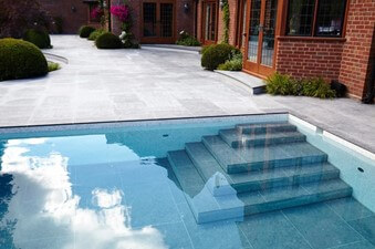 #UHNW Luxury Properties and the Guncast Moving Floor Swimming Pool