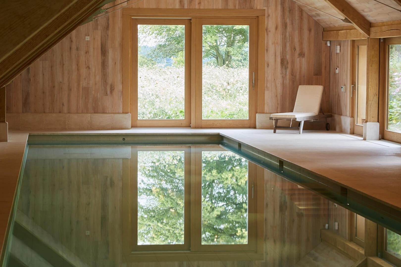 Indoor swimming pool by Guncast